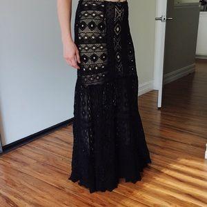 $330 Jen's Pirate Booty Black Crochet Maxi Skirt M